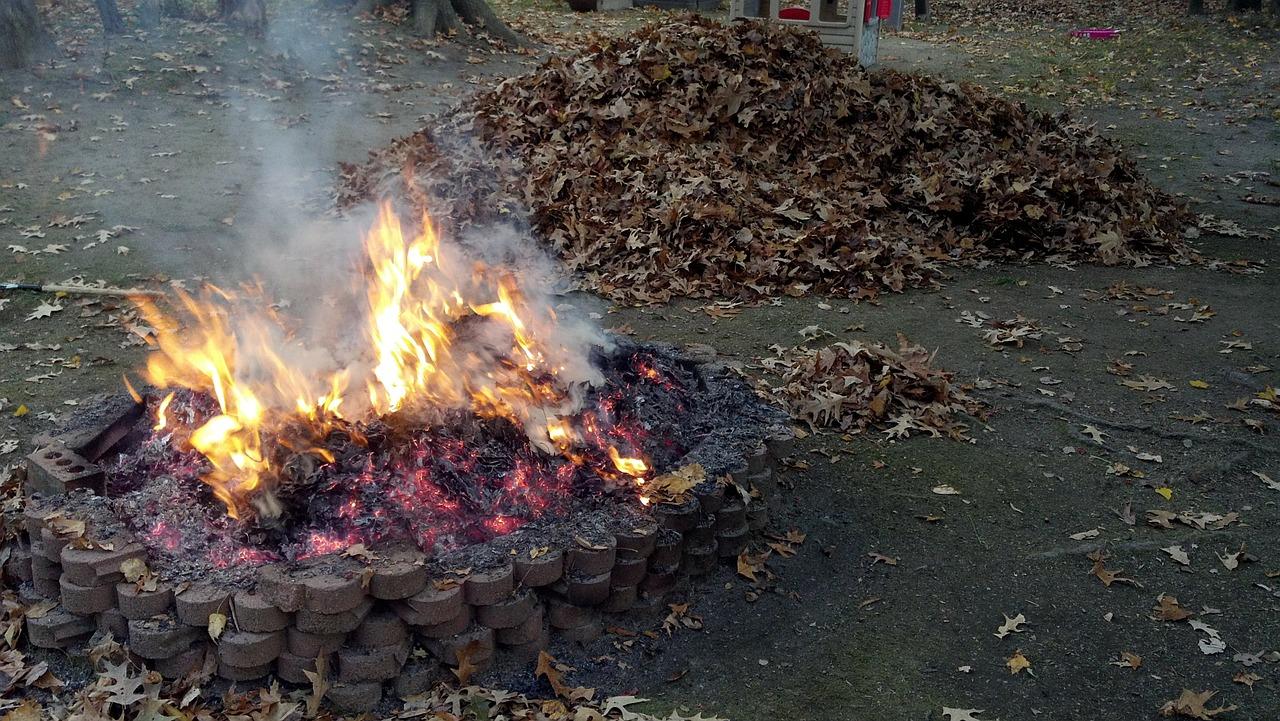 Feuer Feuerstelle Lagerfeuer Flammen