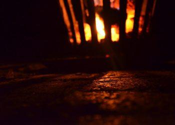 Feuerschale mit Funkenschutz | Feuerkorb Funkenschutzgitter