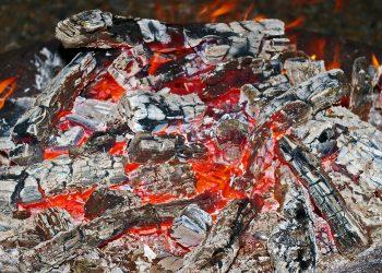 Feuerschale aus Glas | Feuerglas, Feuersäule & Feuerstelle