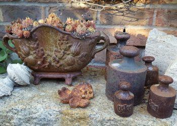 Gartenkamin aus Gusseisen & Metall | Grillkamin für Terrasse
