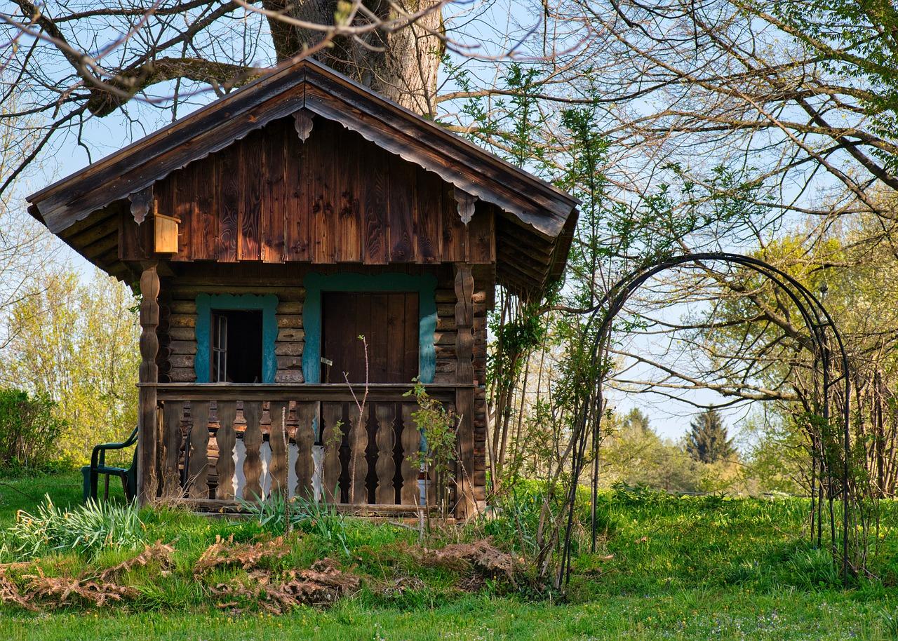 Garten Gartenhaus Laube Gras Wiese Rasen Bäume
