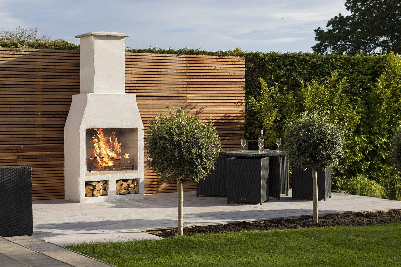 Garten Lounge Sitzgruppe Gartenkamin Grillen Feuer