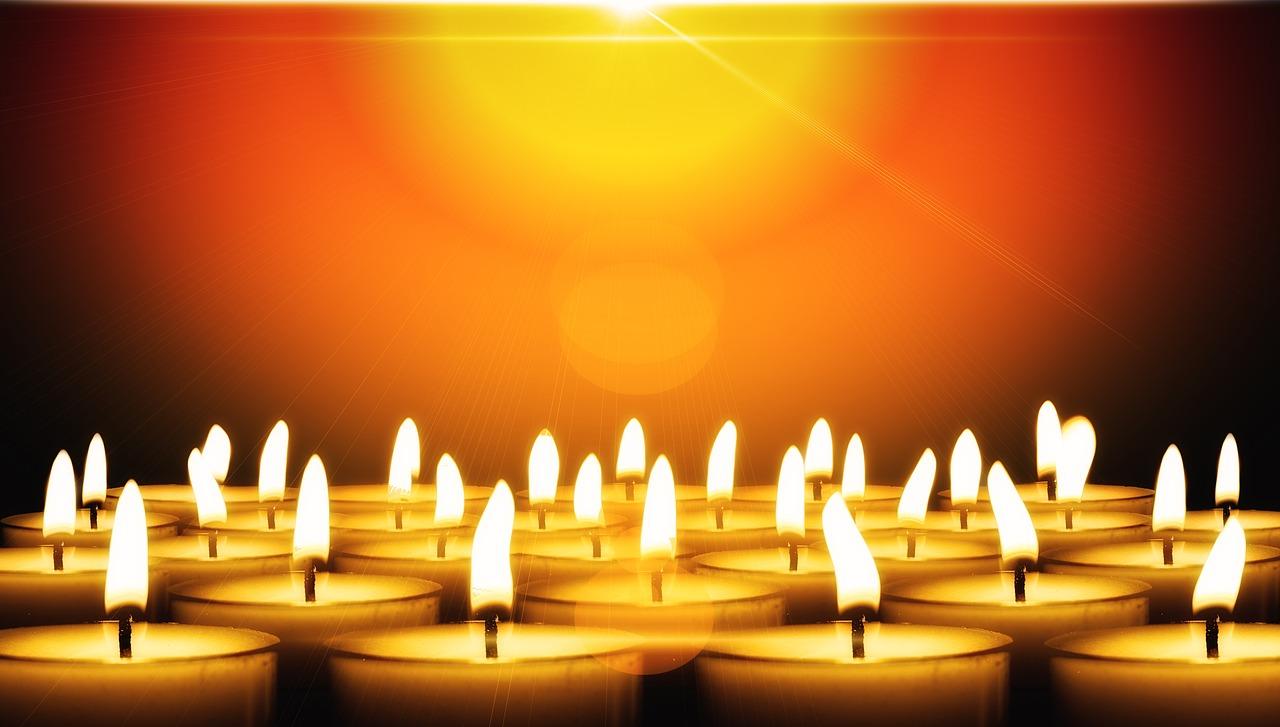 Kerzen Teelichter Wärme Licht Flamme
