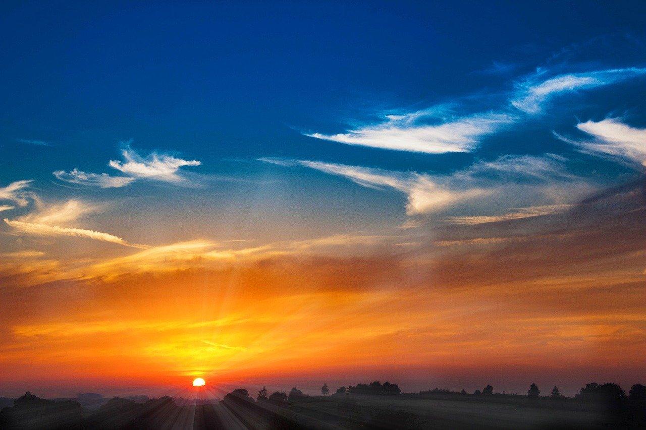 Sonnenstrahlen Wolken Himmel Horizont Sonnenkraft