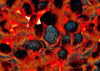 Anzündwürfel Vergleich | Feuerbällchen & Würfel als Grillanzünder