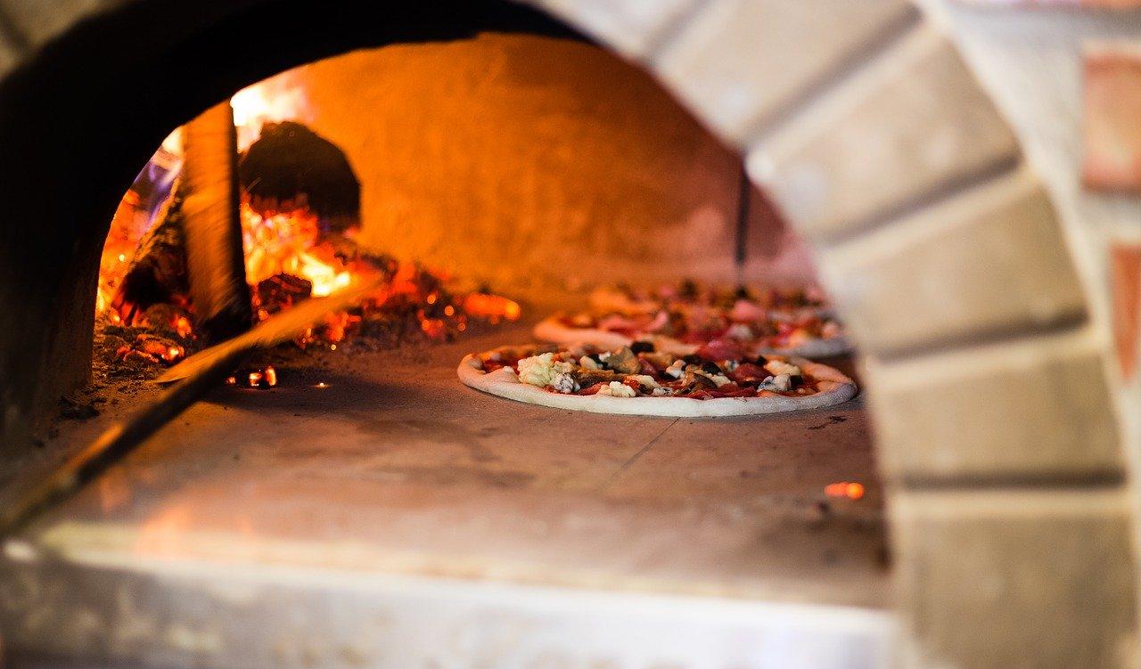 Grillkamin Gartenofen Pizzaofen Ofen Pizza Garten Steinofen