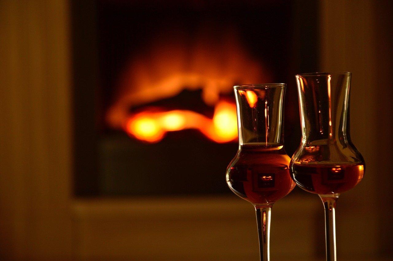Elektroheizung Elektrokamin Kamin Alkohol Gläser