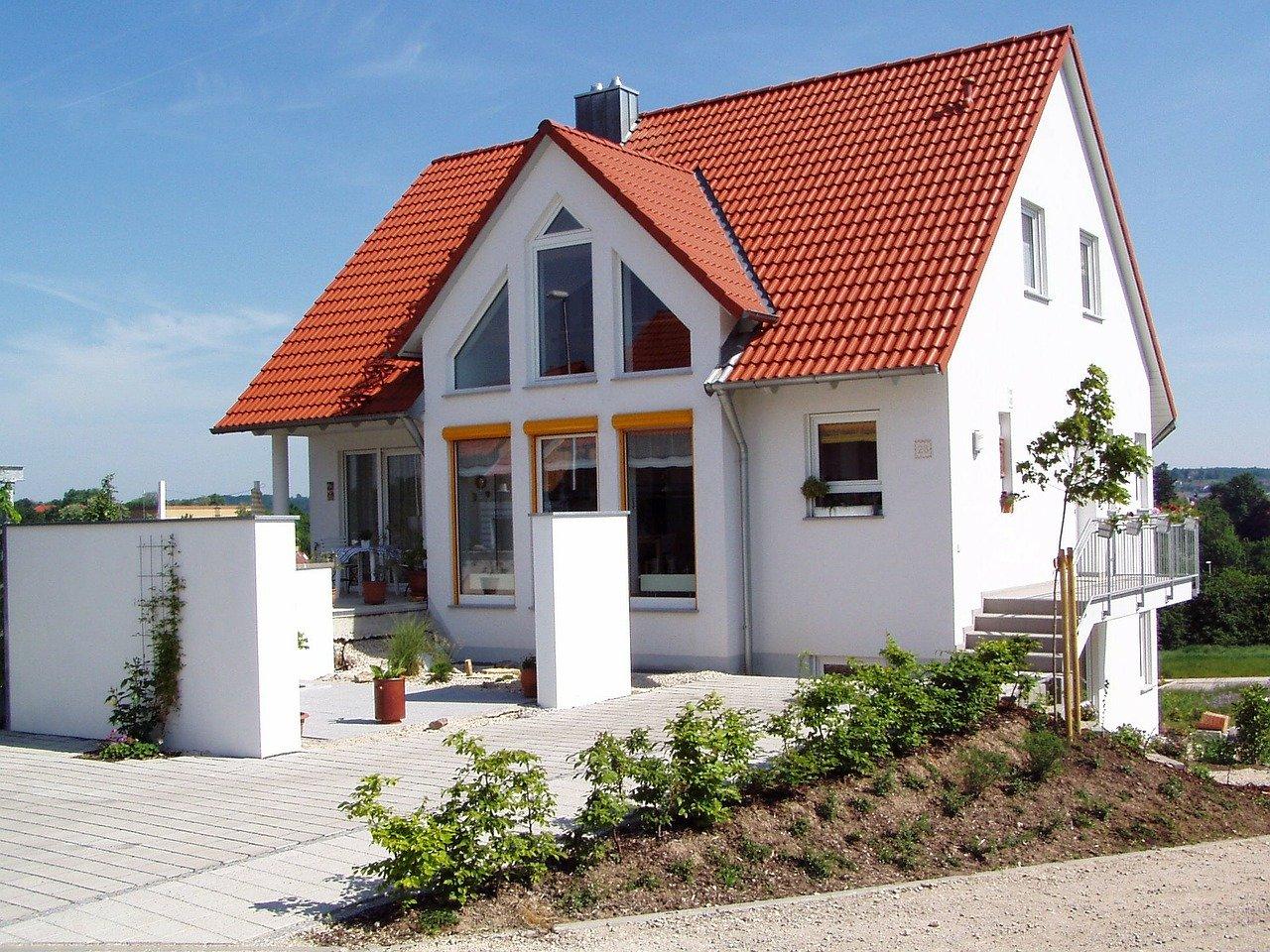 Haus Neubau Eigenheim Dach Dachschräge