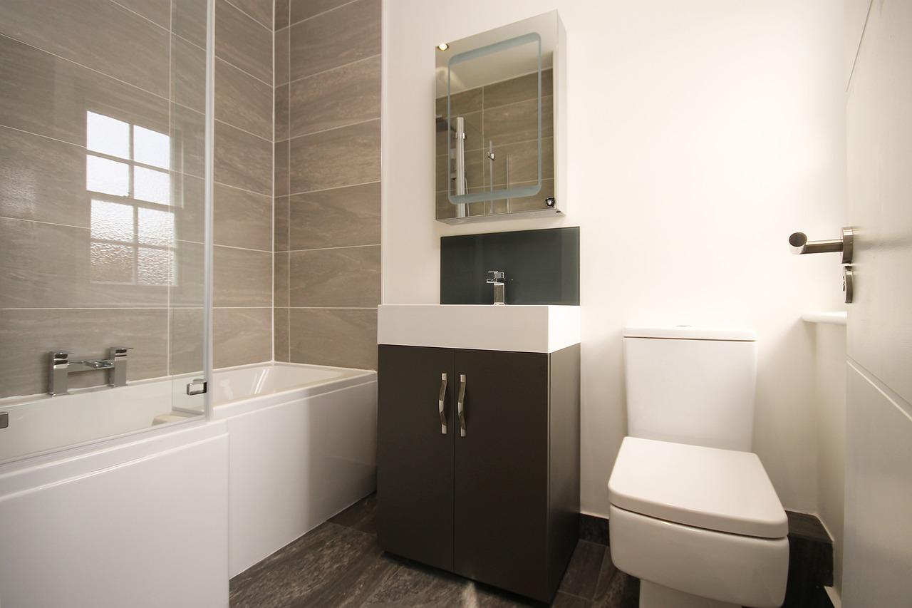 Modernes Badezimmer Bad Badewanne Toilette