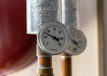 Warum Heizung Druck verliert | Typische Ursache bei Heizkörper