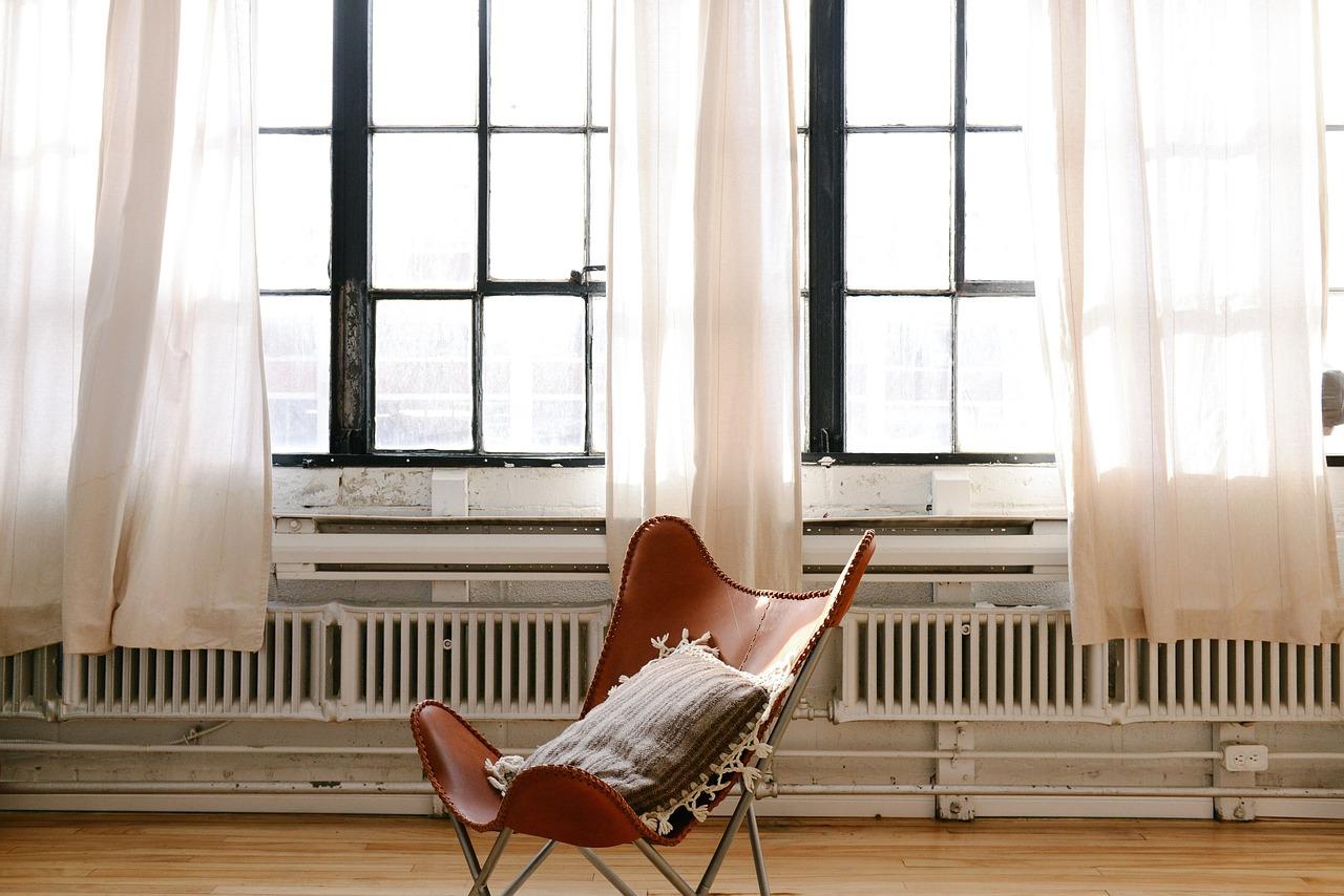 Heizung Heizkörper Verbinden Fenster Vorhänge Sessel