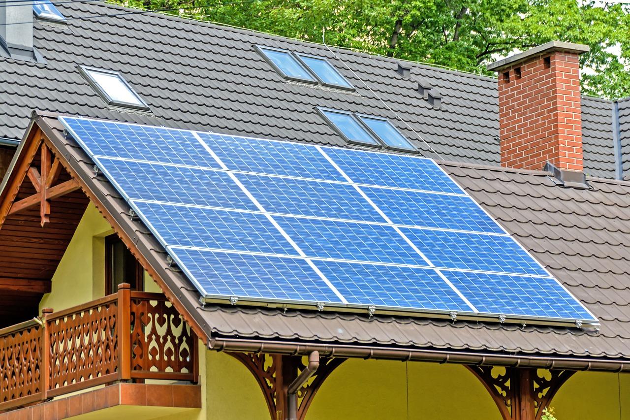 Solar Sonnenkollektoren Photovoltaikanlage Dach