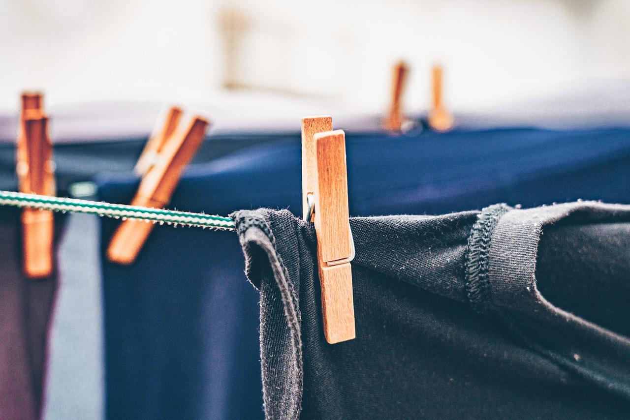 Wäsche trocknen Klammer Leine